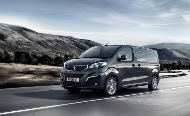Пътническият Peugeot e-Traveller